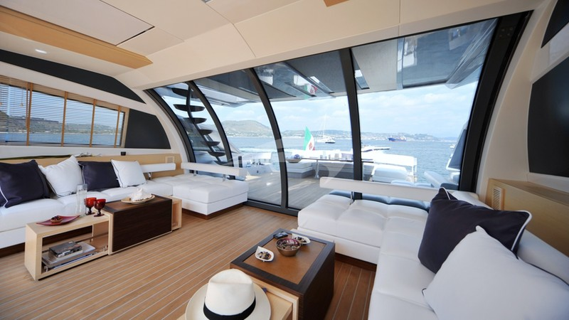 ASTRO :: Salon to Aft Deck