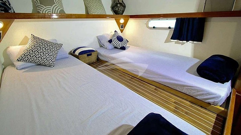Twin cabin or queen berth Port Fwd