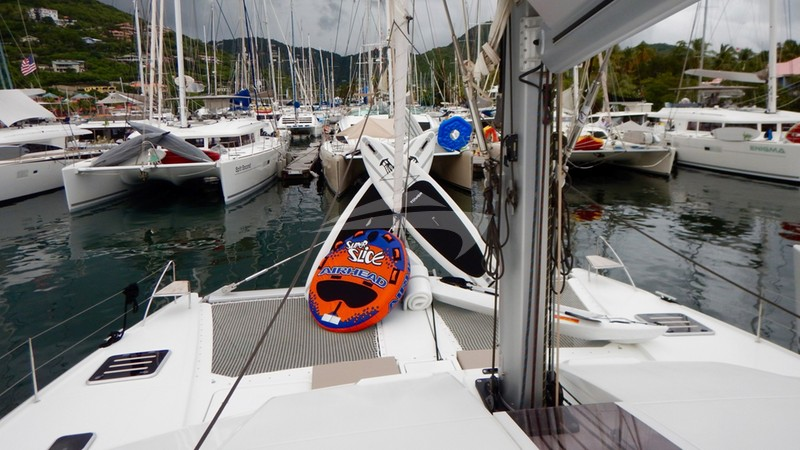 PORT TO VINO :: Foredeck with watersports gear