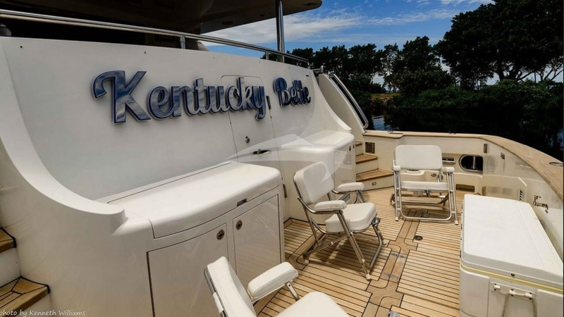 KENTUCKY BELLE :: Aft Deck