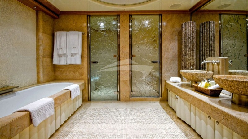 KIJO :: Master Bathroom