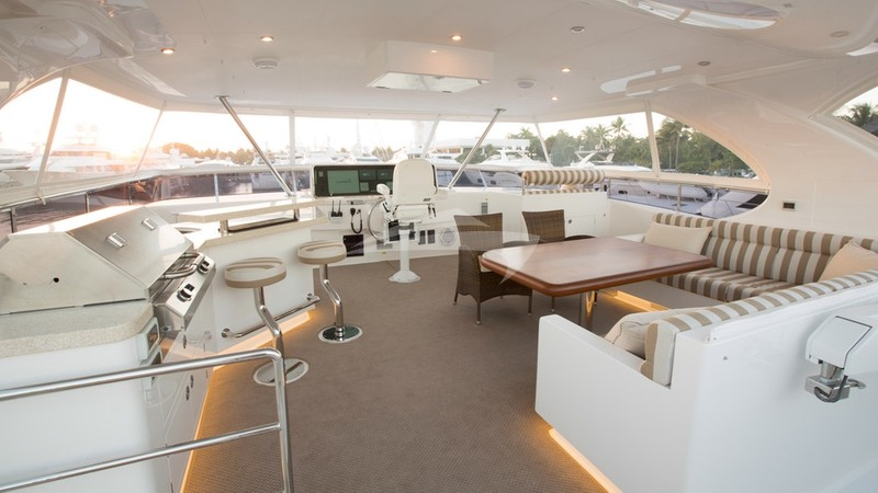 OHANA :: The flybridge adds a huge amount of space