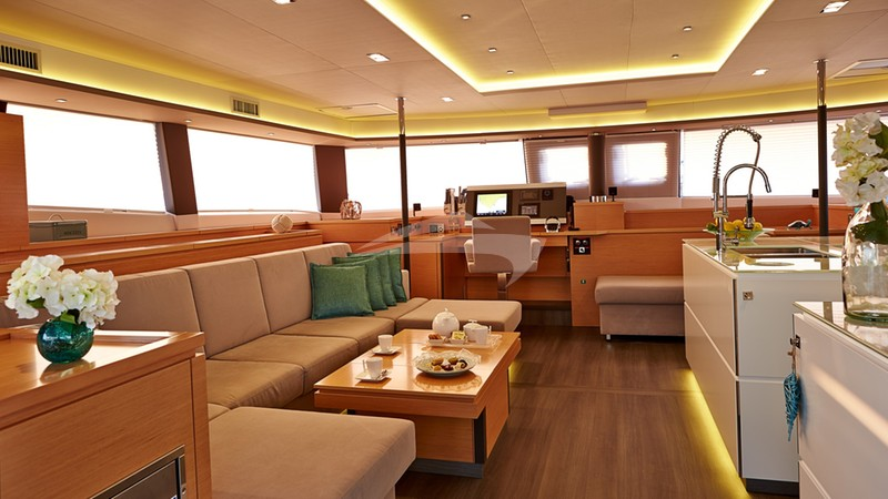Salon looking forward - LIR Charter Yacht