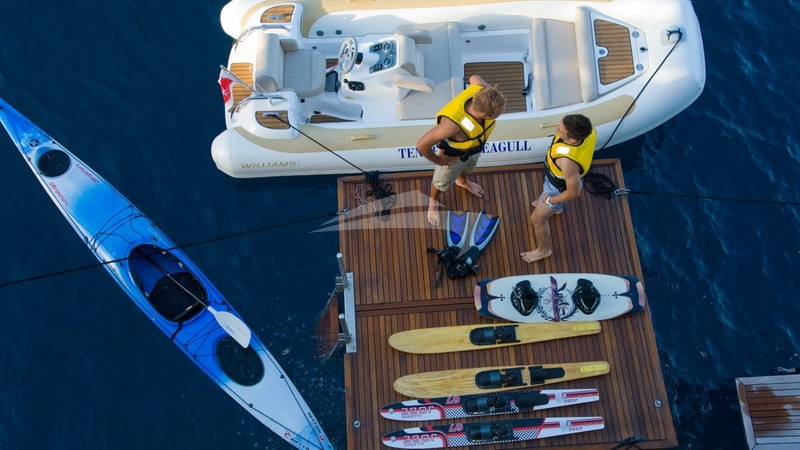 Swim platform and water toys - SEAGULL II Yacht Charter