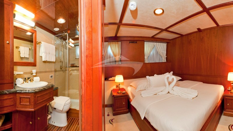 Guest double cabin - SEAGULL II Charter Yacht