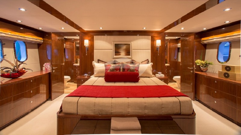 CARBON COPY :: Master Stateroom