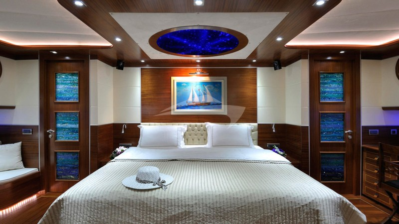 DOLCE MARE :: VIP Stateroom