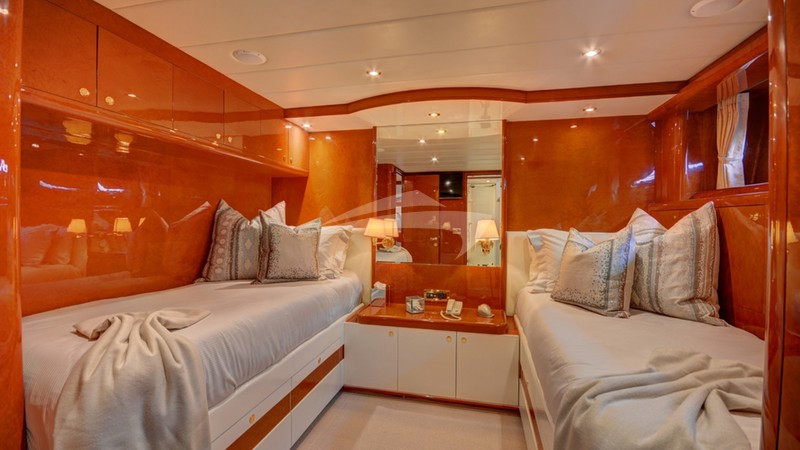 SIXTY SIX :: Twin Guest Stateroom