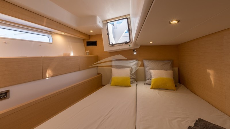 starboard aft cabin as double