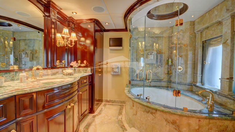 NEVER ENOUGH :: Master Bath, Jacuzzi