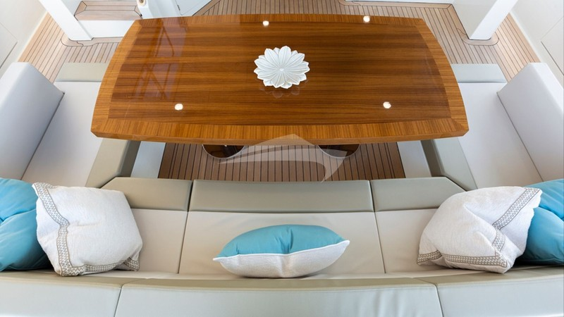 Aft Deck Table and Seating