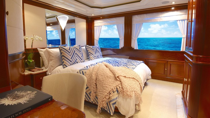 LADY MICHELLE :: VIP Stateroom