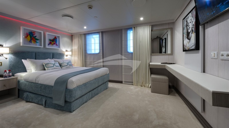 CHAKRA :: Guest Stateroom