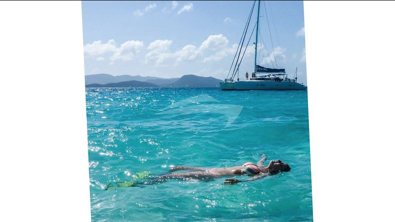 Relaxing in the sea - MA HA Yacht Charter