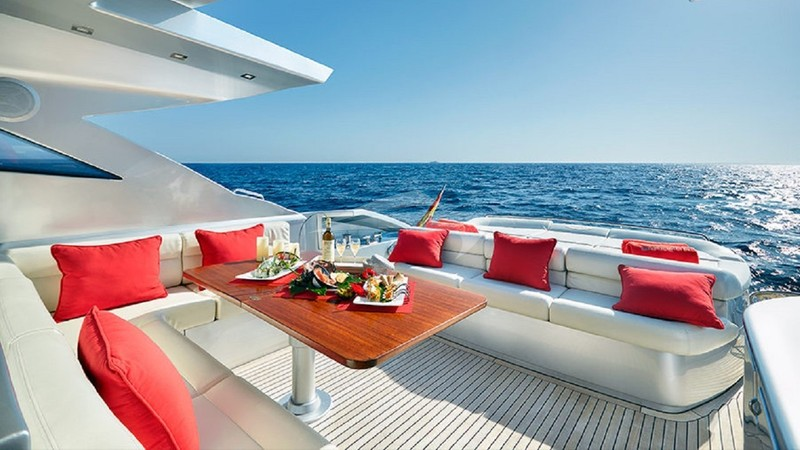 Aft Deck Out
