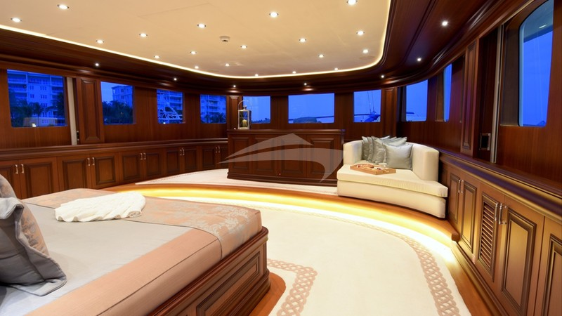 CLARITY :: Master Stateroom