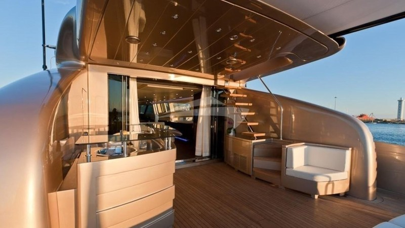 FIVE WAVES :: Aft Deck