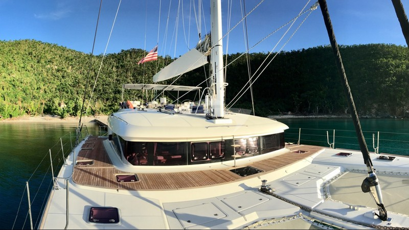 Foredeck and the flybridge