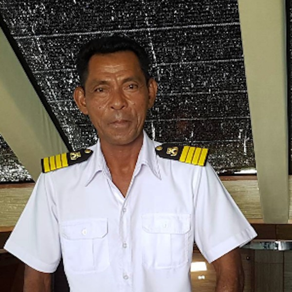 First mate: Saman Chinga