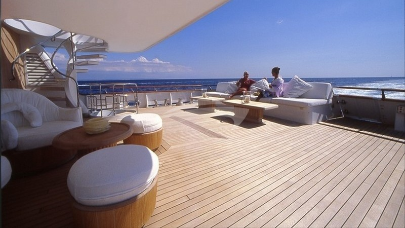 CD TWO :: Deck space and seating