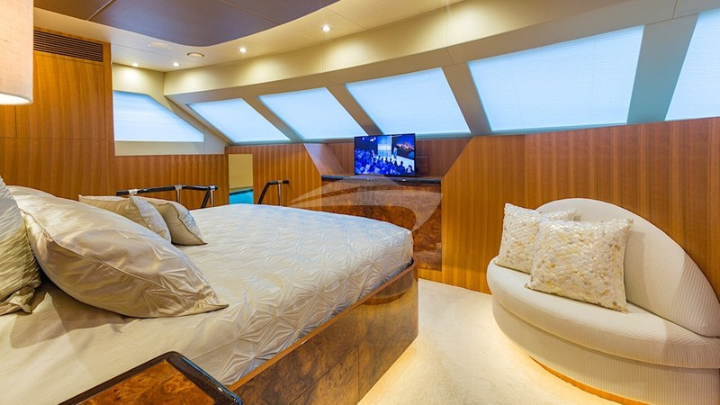 SEA BOSS :: Master guest suite