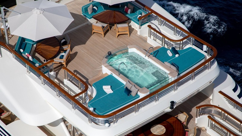 COCOA BEAN :: Jacuzzi Deck