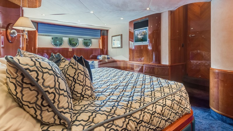 RHOBOAT :: Master Stateroom