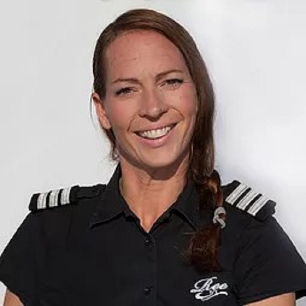 Chief Stewardess: Svenja Katinka Bohm