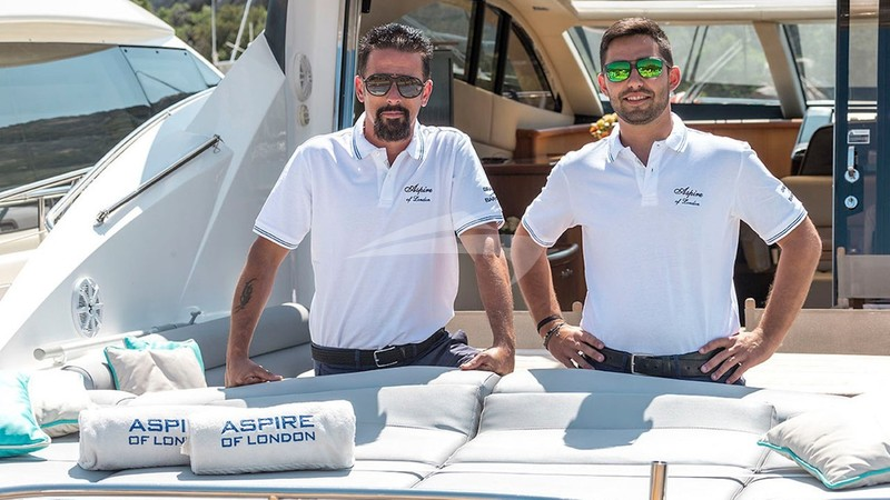 ASPIRE OF LONDON :: Captain Cristian Arena and Deck-hand/Cook