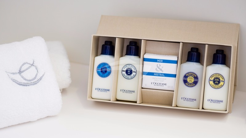 ARCTIC QUEEN :: ARCTIC QUEEN TOILETRY