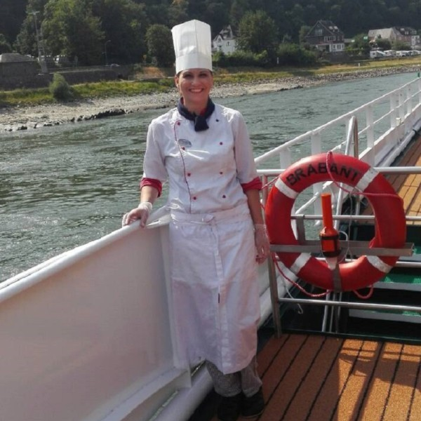CHEF: Julia BARANOVSKA