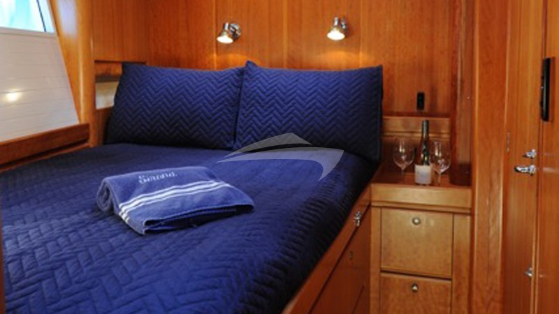 SIRONA :: Starboard forward cabin has a queen bed with priva