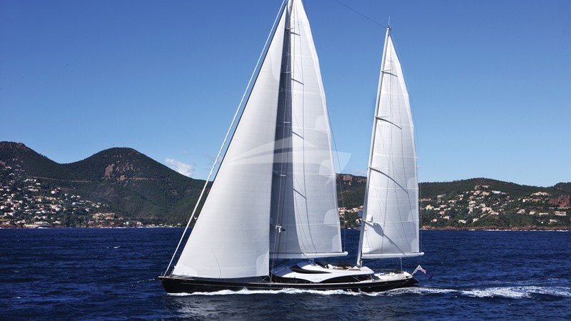 TWIZZLE Yacht Charter