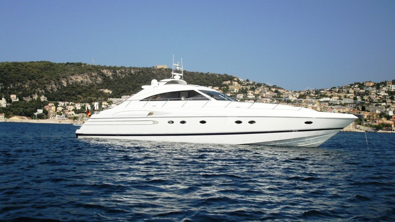 Charter yacht pura vida cruise west mediterranean in for Pura vida pdf