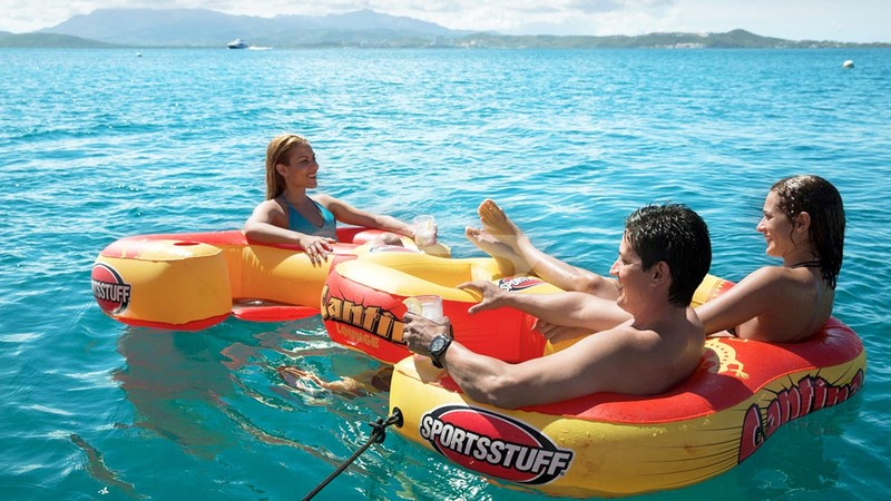 All families love the watersports... grown up kids