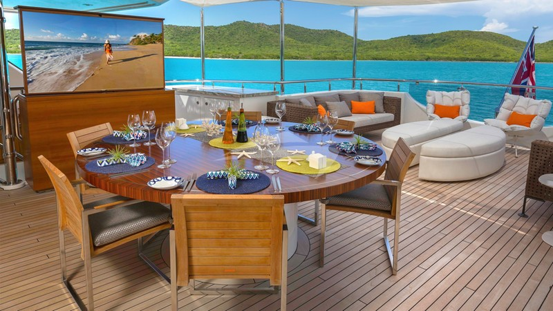 Aft Deck Dining with TV