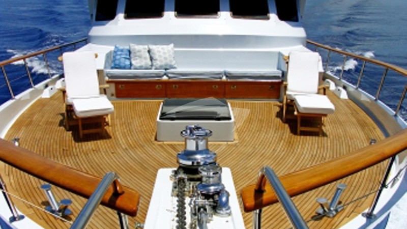 Spacious Fore Deck