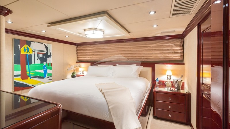 LADY JOY :: King Guest Stateroom