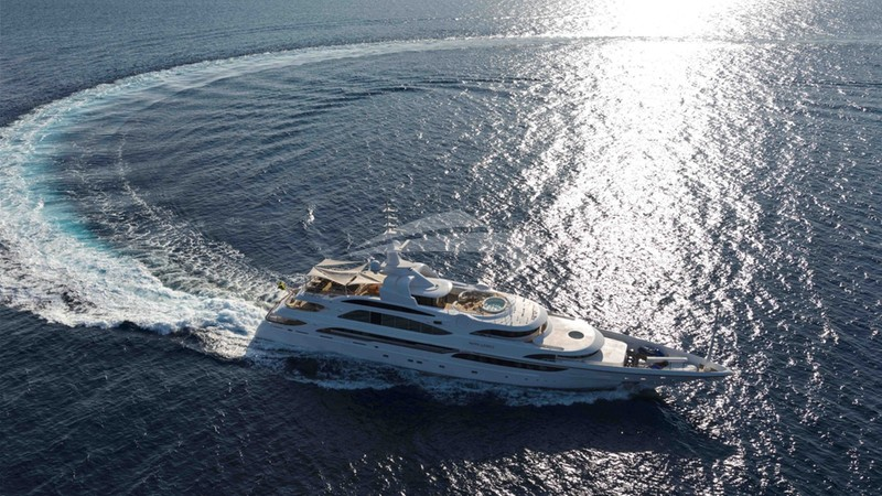 MINE GAMES Yacht Charter