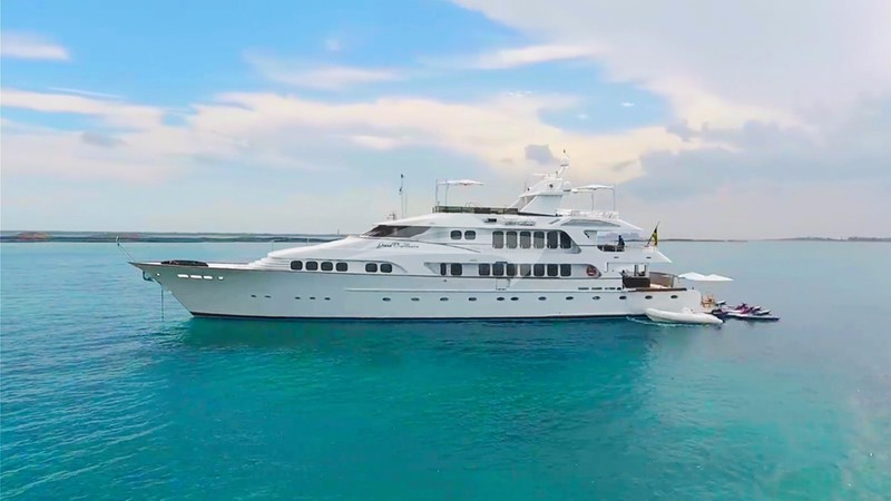 GRAND ILLUSION Yacht Charter