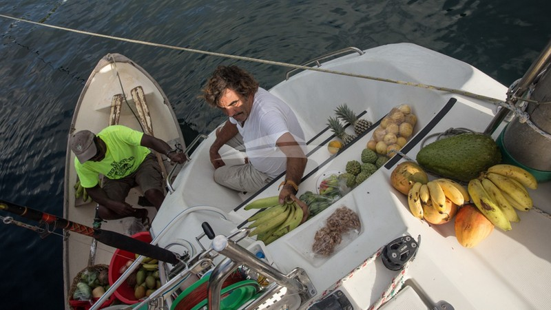 BELLINE II :: The Grenadines - Only fresh fruits & veggies
