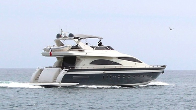 TIGER 67 Yacht Charter