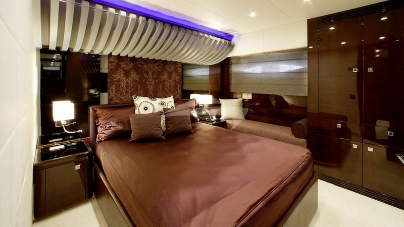 MY TOY :: VIP Cabin