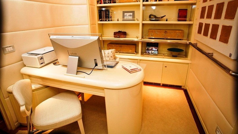 Master Cabin Office