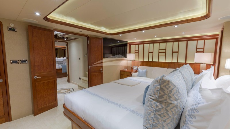 Master stateroom , aft view
