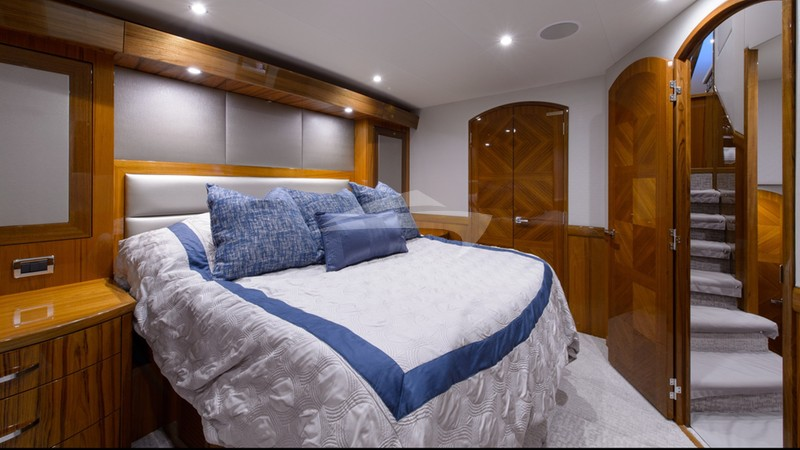 NOTORIOUS :: Master Stateroom